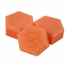 Honey soap with beeswax Cosmetics