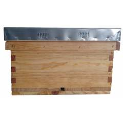 Langstroth Beehive (only one brood body) Langstroth Beehives